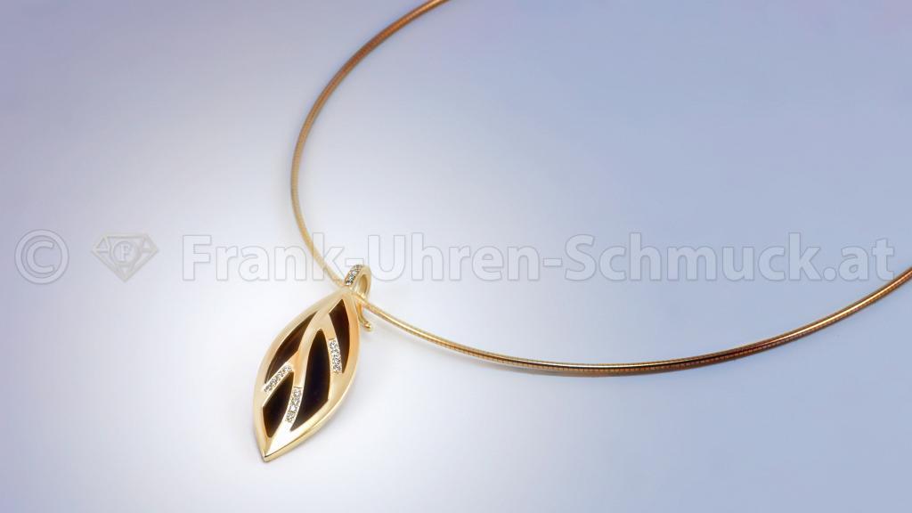 18K Gelbgoldanhänger mit Ebenholz und Brillant